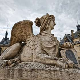 CHANTILLY : La Fabrique de  l'Extravagance